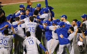 Royals_Celebrating_Winning_the_2015_World_Series-BCL