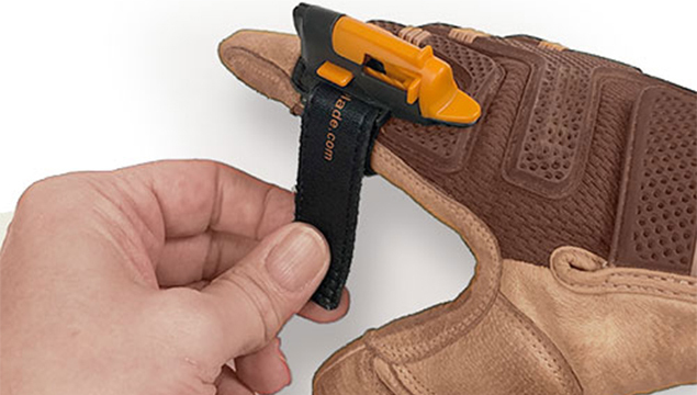 A cutting tool for your finger over gloves | FingerBlade