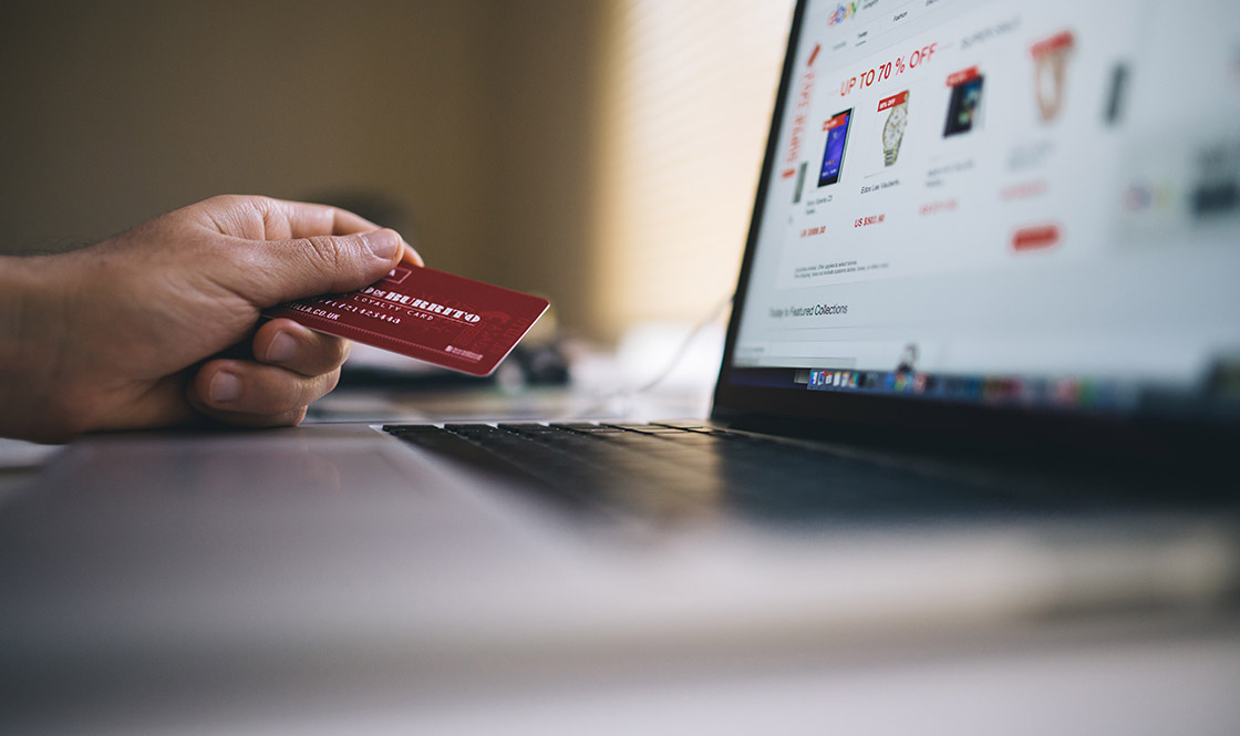 Selling retail or online when developing an invention