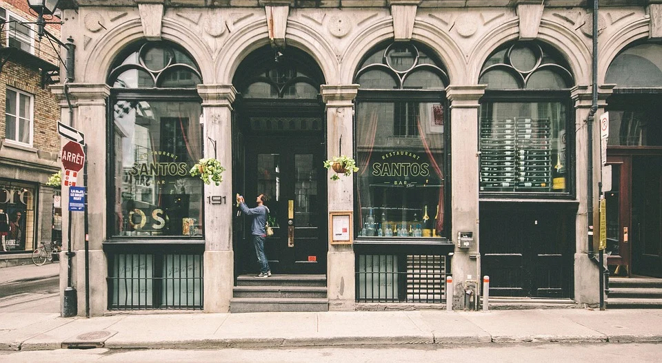 Storefront Sign Ideas That Will Surely Attract Customers